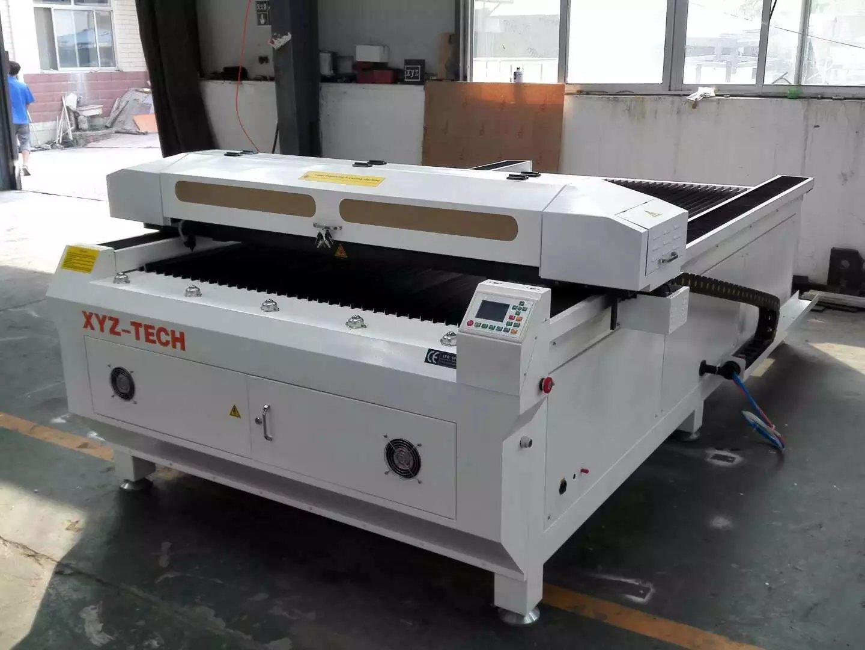 máy cắt khắc mica